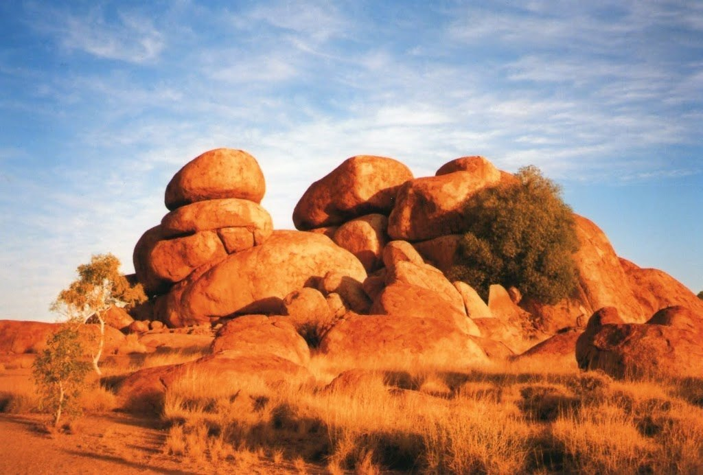 Oz Top Spot 9 Devils Marbles Northern Territory Australia By Red Nomad Oz