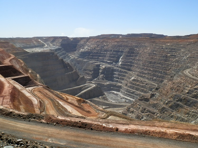 It's a LONG way down ... Super Pit, Kalgoorlie, Western Australia