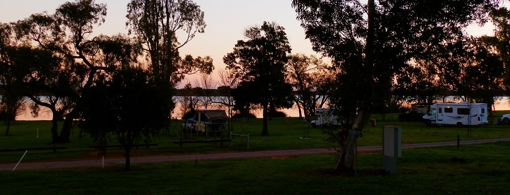 Lake Cullulleraine Holiday Park, Victoria, Australia