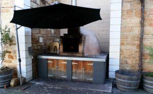 Café Y Pizza Oven