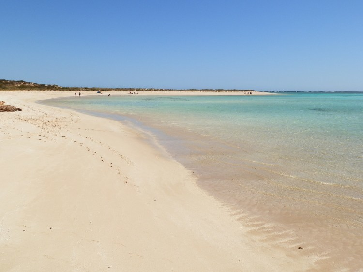 A North West Cape beach ... Cape Range National Park to the left; Ningaloo Marine Park to the right!