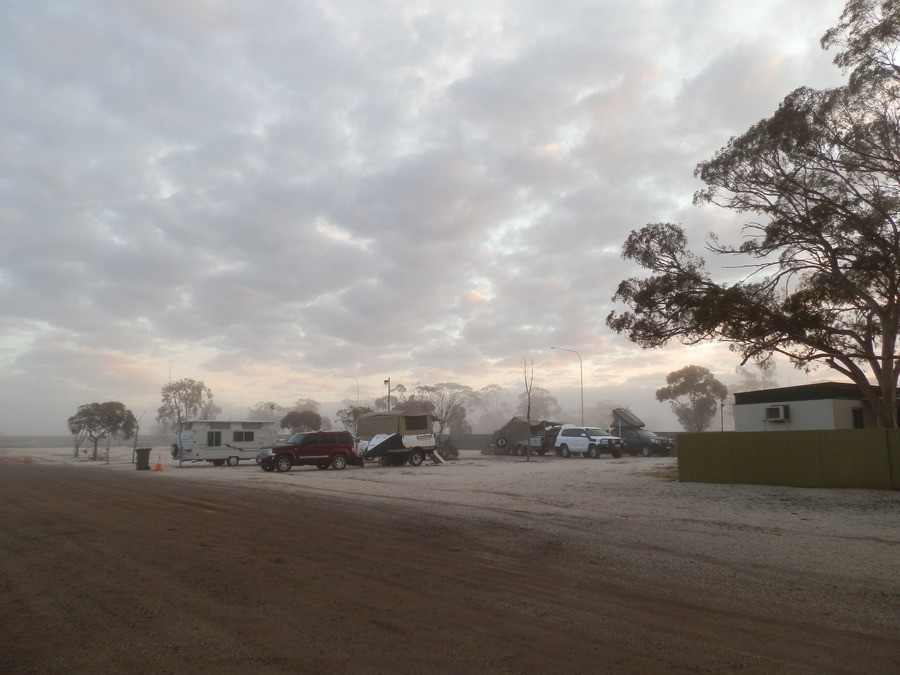 A Wintry morning at Woomera - and the amenities block! Budget Travel Tips