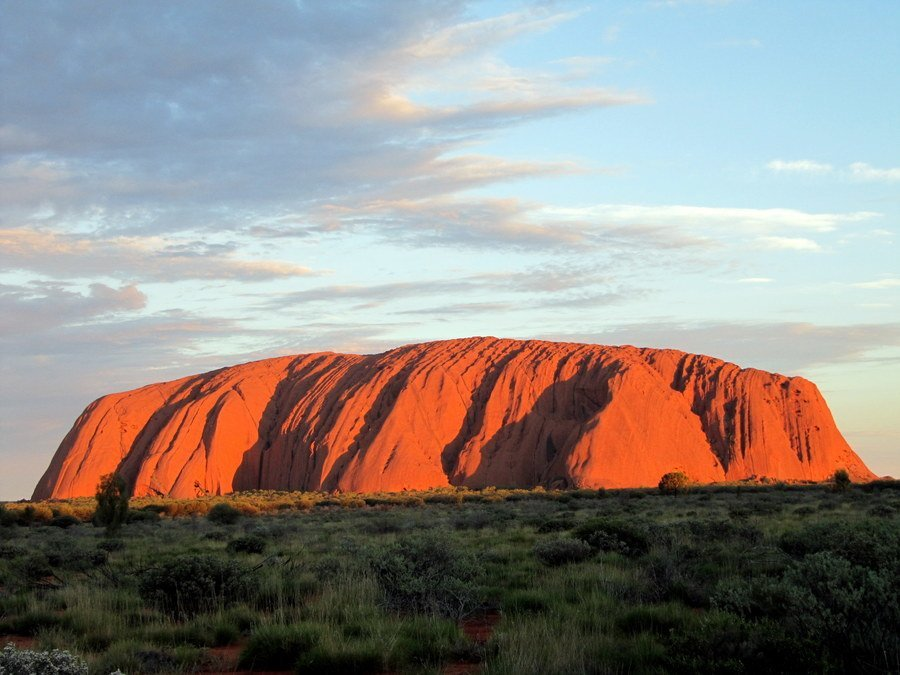 Uluru (Photo Courtesy Mandy, Travelling Australia With Kids)