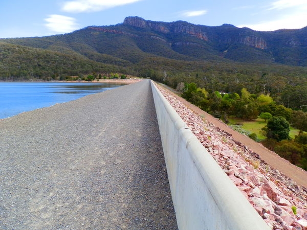 Spot the Lake Bellfied Loo! Grampians, Victoria