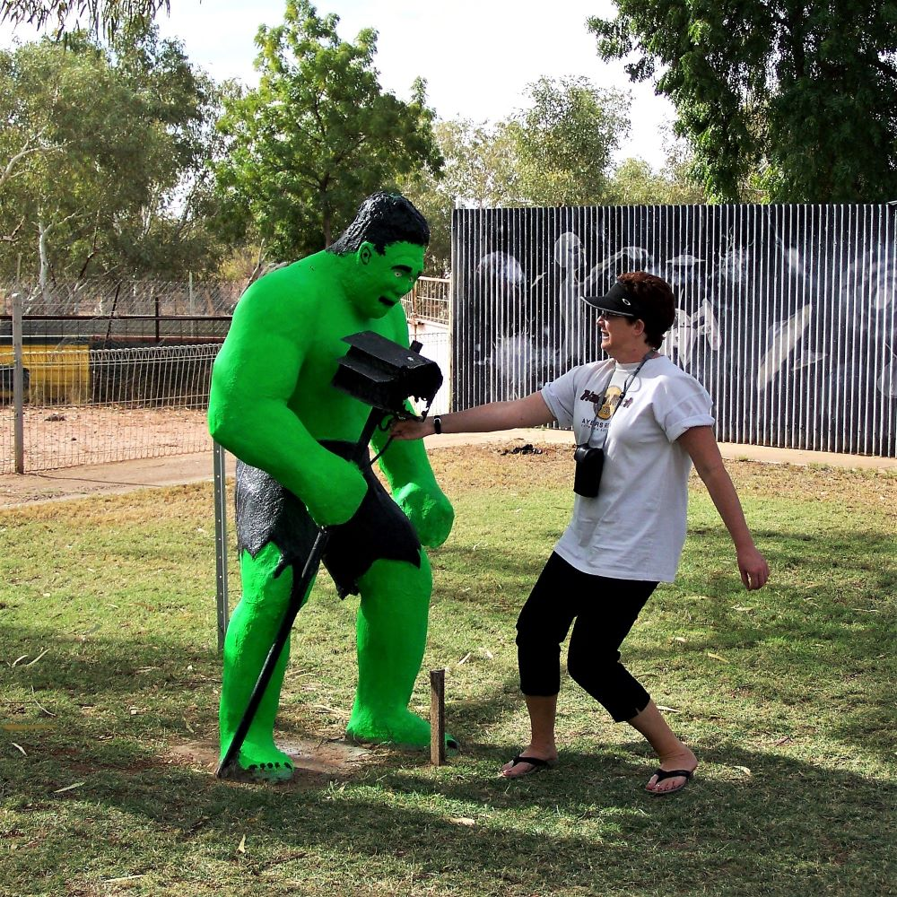 Red meets The Hulk, Wycliffe Well, Northern Territory
