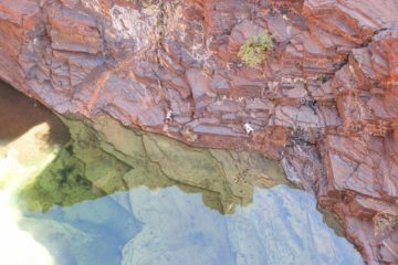 Hikers at Joffre Gorge, Karijini National Park, Western Australia