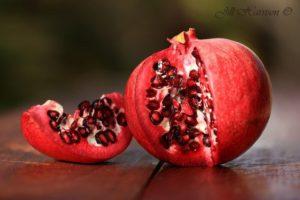 Food-pomegranateIMG_0848-ad
