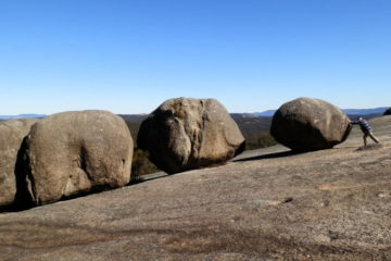 Boulders on Bald Rock climb, via Tenterfield NSW